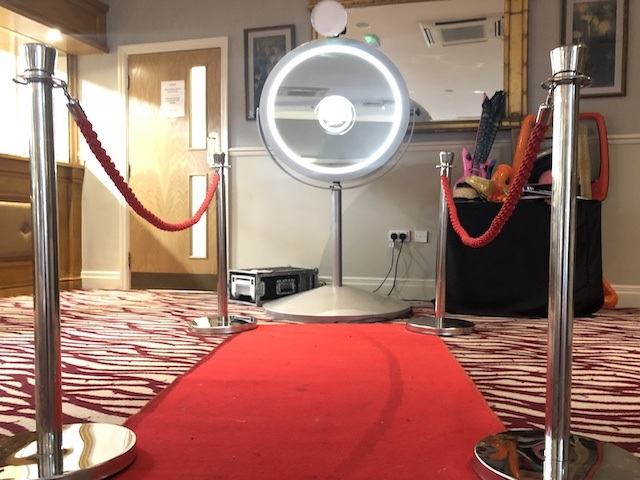Beauty Mirror Photo Booth Hire